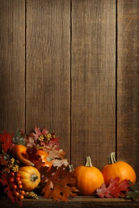 Autumn Setting iStock 000007358227Large 201x300 Embracing Fall Decor When Youre Stuck In Summer