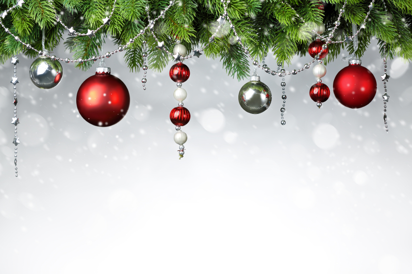 iStock 000046970396Small Decorate Your Tree With DIY Ornaments