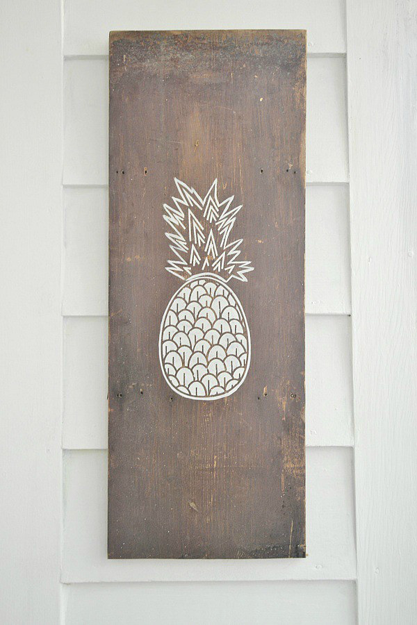 lizmarieblog Everything You Need To Know About Decorating With Pineapples
