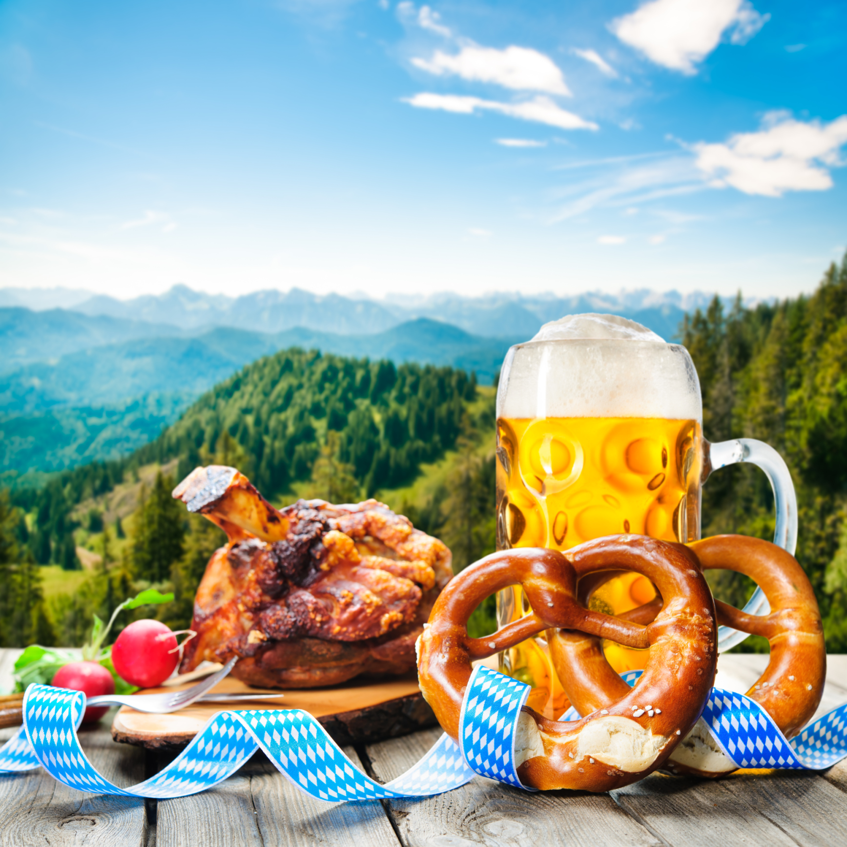 ThinkstockPhotos 470909278 Oktoberfest Checklist: Everything You Need to Host a Party