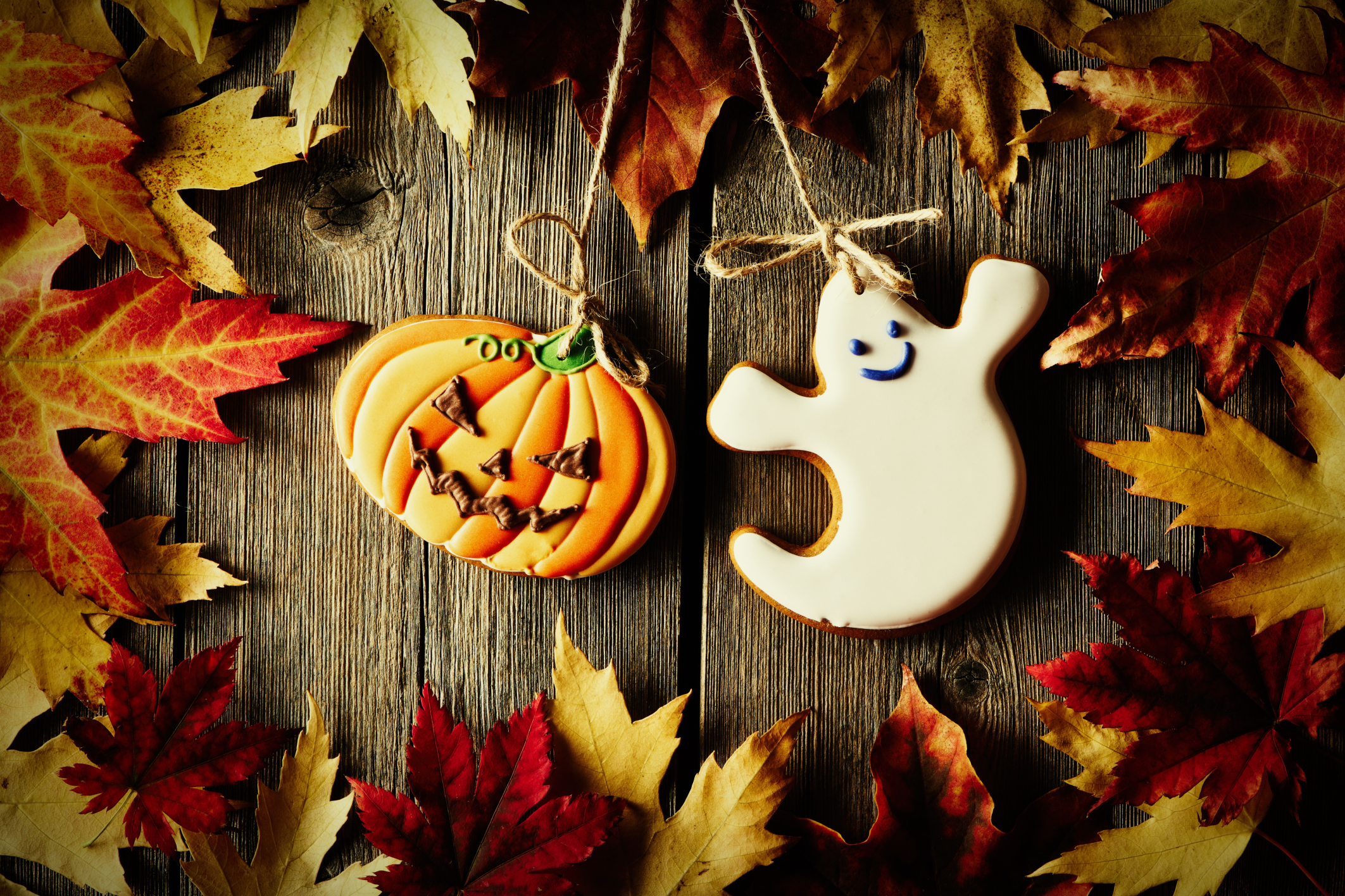 ThinkstockPhotos 490130694 Decorate Your Home for Halloween