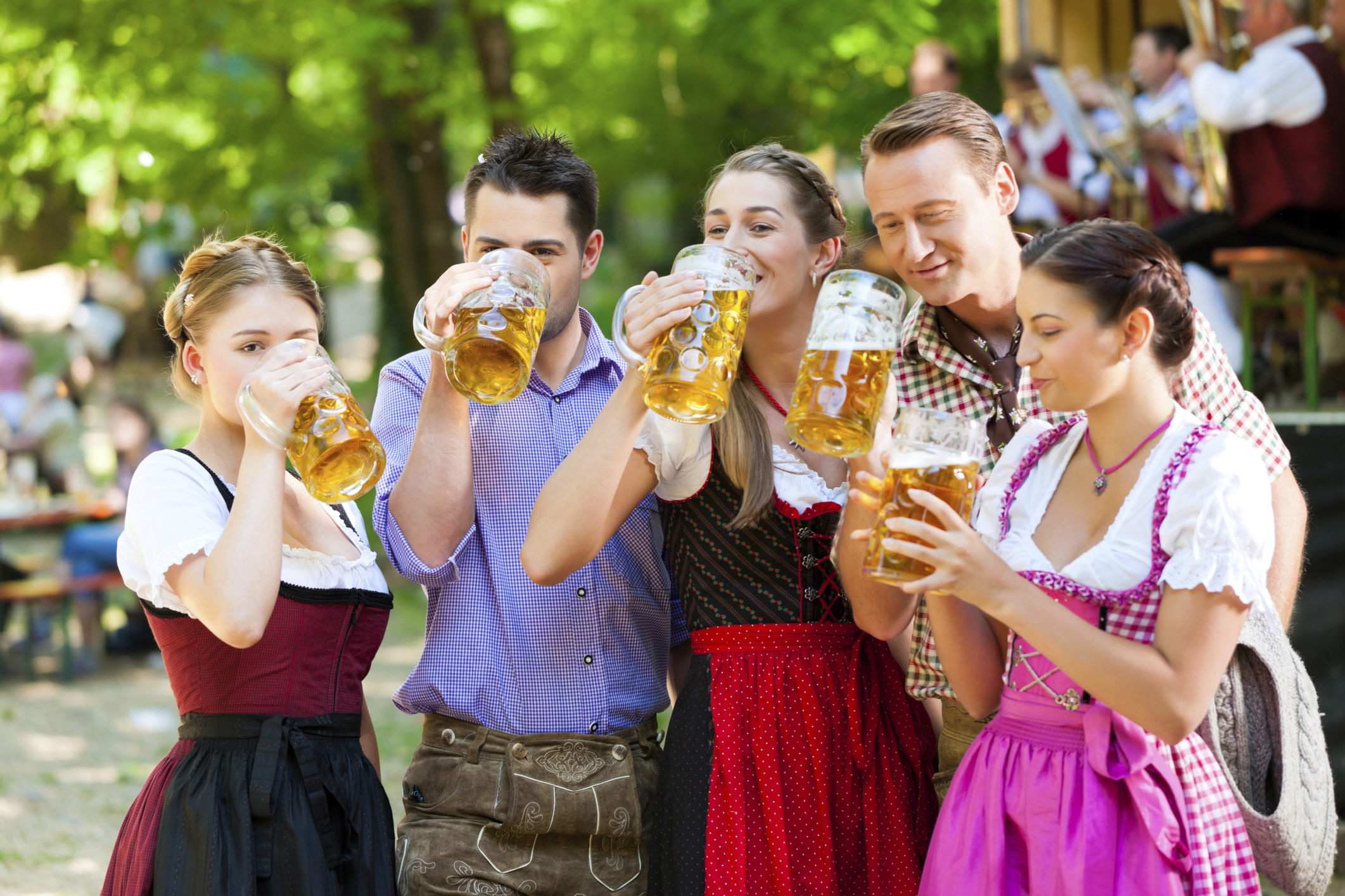 ThinkstockPhotos 508791705 Oktoberfest Checklist: Everything You Need to Host a Party