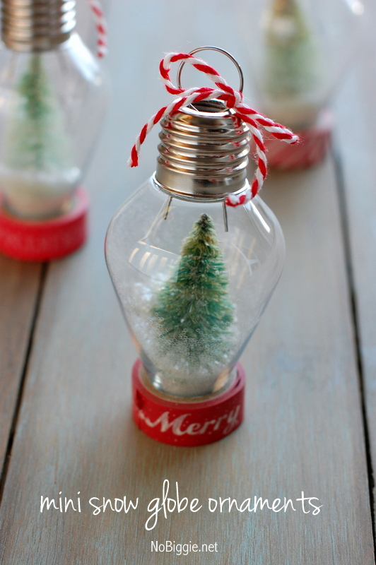 DIY snow globe ornament fabulouslyfestive NoBiggie.net 1 12 Fast and Easy Homemade Christmas Ornaments