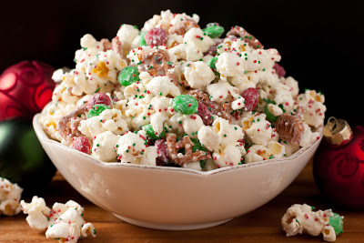 christmas crunch41 11 Holiday Desserts That Will Wow Your Family and Friends