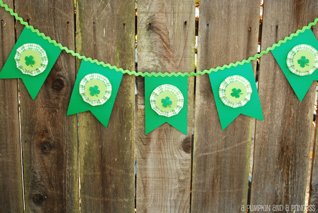 ShamrockBanner 5 St. Patricks Day Decorations You Can Make with the Kids