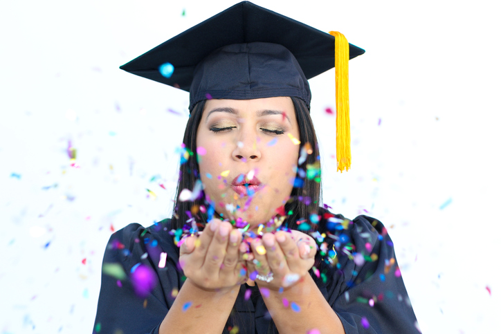ThinkstockPhotos 462099167 The Top 20 Graduation Photo Ideas for 2016