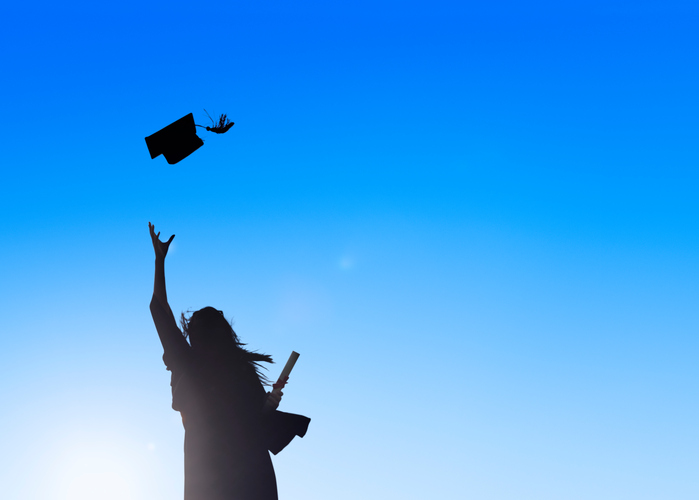 ThinkstockPhotos 483424647 The Top 20 Graduation Photo Ideas for 2016